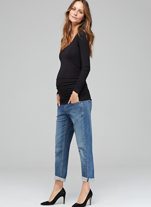 Isabella Oliver Maternity Scoop Top in Caviar Black-0