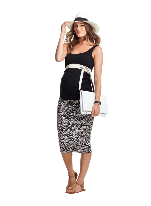 a sexy maternity skirt with side ruching in a funky print pattern