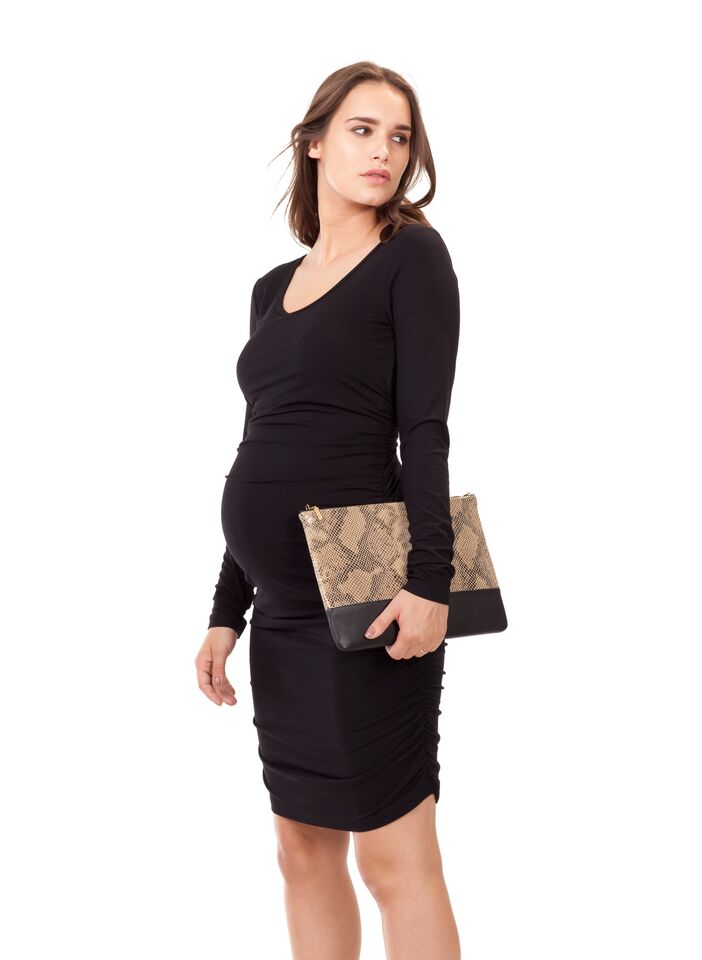 d9873bdd112 Isabella Oliver Eldon Ruched Maternity Dress with Long Sleeves