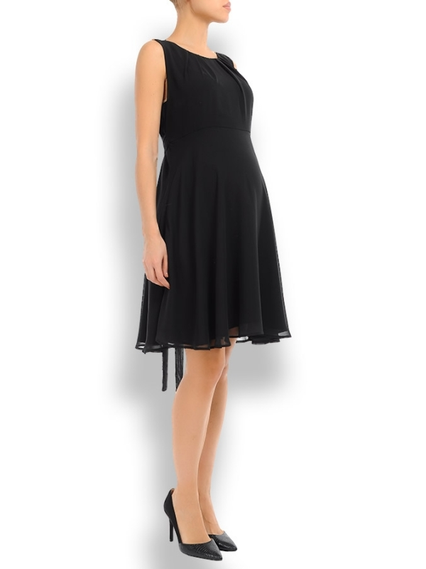 the perfect special occasion sleeveless maternity dress