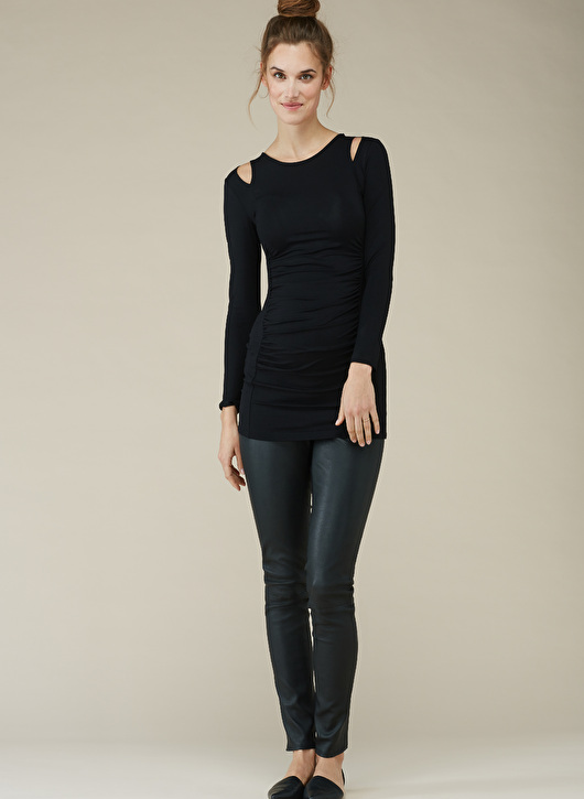 Isabella Oliver maternity tunic with cut-out shoulders