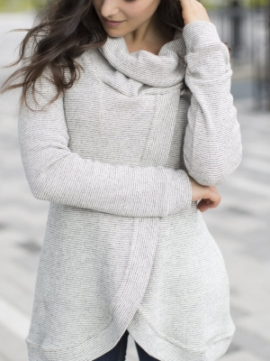 Blondie cross front sweater in salt & pepper