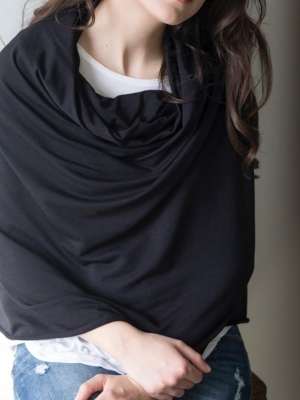 Blondie Bamboo poncho in Black